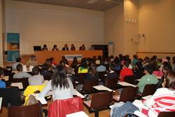 La sessió dels alumnes amb el Govern, a la sala d'actes de l'EPSEVG