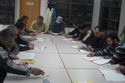 Els alumnes del curs de català per a pescadors estrangers