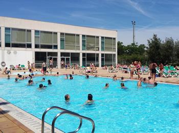 Les piscines exteriors ja obren durant els caps de setmana