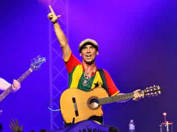 Manu Chao és un emblema de la música festiva i reivindicativa