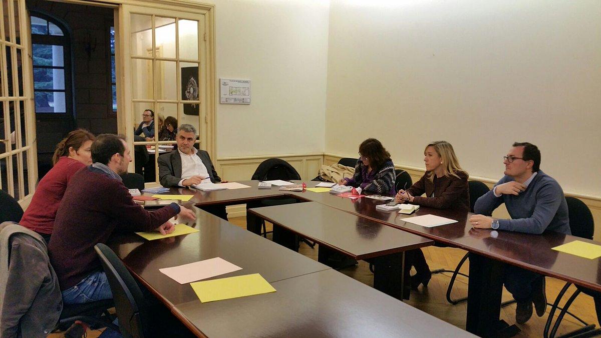 Reunió de treball a Mérignac, en la primera visita de l'alcaldessa a la ciutat agermanada
