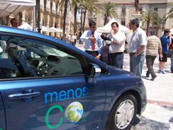 Els cotxes híbrids van centrar  l'atenció de les persones visitants