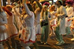 La celebració dels actes de Carnaval afecta la circulació de vehicles i autobusos a la ciutat