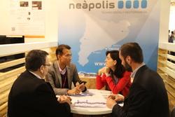 L'estand de Neàpolis ha estat seu de moltes entrevistes durant el congrés