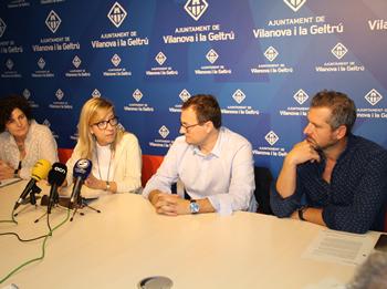 De dreta a esquerra: Joan Giribet, Juan Luís Ruiz, Neus Lloveras i Teresa Llorens