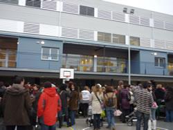 Els alumnes de l'escola Volerany han estrenat el nou edifici al carrer de Castellet