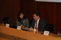 Ariadna Llorens i Sergi Marcén, en la jornada formativa sobre tecnologia mòbil
