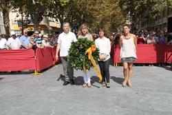 Ofrena floral institucional al monument a Francesc Macià