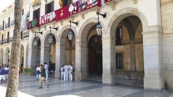Els cens s'exposa al vestíbul de l'Ajuntament