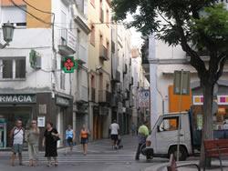 Les obres es faran per trams, a l'objecte de minimitzar les molèsties als comerços i al veïnat.