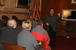 Els nous ciutadans i ciutadanes han estat rebuts al Saló del Plens de l'Ajuntament