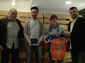 Joseba Beloki, amb la Regidora d'Esports Blanca Albà i el president de la UCV Antoni Palacios