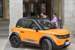 Conduir un cotxe com aquest es podrà fer dissabte, en el marc de la Fira