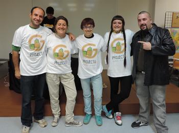 Irene Garcia amb la regidora Blanca Albà i els membres del jurat
