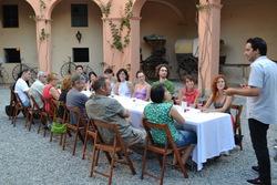 Cata de vins als jardins de Can Papiol