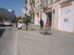 La parada de la plaça de les Casernes és una de les 30 que s'han arranjat fins ara
