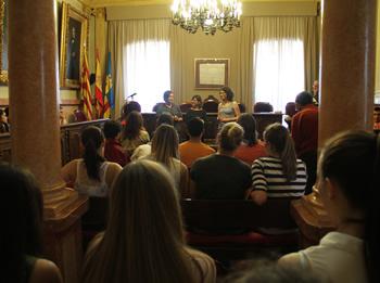 La recepció s'ha fet al Saló de Plens de l'Ajuntament de VNG