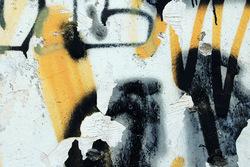 Les fotografies dels alumnes de l'EMAID mostren graffitis