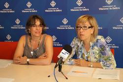 Marijó RIba, regidora de Cultura, i Neus Lloveras, alcaldessa de VNG