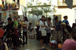 La recollida de roba infantil va ser un èxit, amb tres contenidors plens de roba i sabates