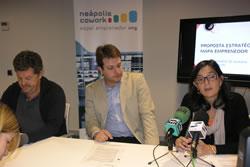 Frances Rica, del sindicat UGT, Gerard Figueras i Ariadna Llorens, han explicat la posada en marxa d'un nou cowork a VNG