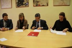 Durant el 2012 l'Assocació Viu Comerç ha tirat endavant diverses campanyes de dinamització del comerç de Vilanova i la Geltrú