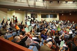 Imatge de la primera Assemblea Municipal Oberta