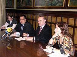 Els membres de la comissió institucional de direcció i seguiment