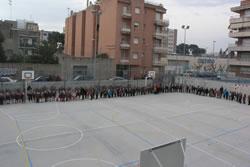Imatge de la celebració dels Tres Tombs a l'escola Volerany coincidint amb la visita de la regidora d'Educació al centre