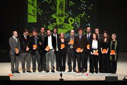 Montserrat Comas, a la dreta, amb la resta de premiats de la Nit de Santa Llucia-Festa de les Lletres Catalanes