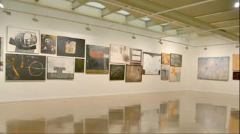 Acull obres d'artistes com Guinovart, Ràfols Casamada, Argimon, Zabaleta o Andreu Alfaro