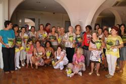 Foto de grup de les participants del projecte Dona, Identitat, Diversitat de l'Ajuntament de VNG