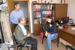 Durant la visita es va fer una reunió amb la direcció del centre