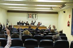 Imatge de la votació del Consell Escolar Municipal  extraordinari