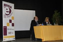 L'alcaldessa de VNG, Neus Lloveras i el doctor Claudi Alsina, a la cloenda de la fira Zona E