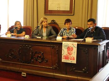 Débora Gàlvez, amb Neus Lloveras, Blanca Albà i Antoni Palacios