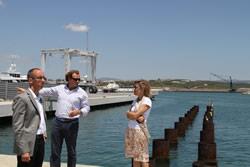 L'alcalde de Sitges visitant el Port de Vilanova i la Geltrú