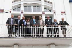Els i les membres de la Junta al CC Mar