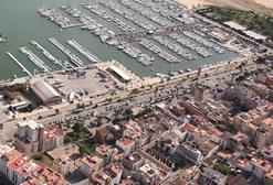 Imatge aèria del port de Vilanova i la Geltrú