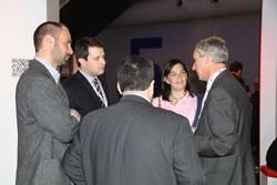 Els regidors del Govern municipal amb el director de la Mobile World Capital