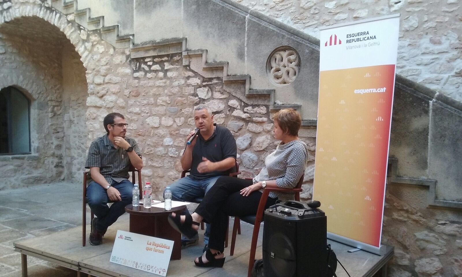 L'acte va comptar amb la participació d'Anna Simó i Rafa Homet