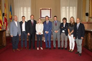 Representants de l'ADEPG presenten el pla Municipi i Empresa a l'Ajuntament de VNG