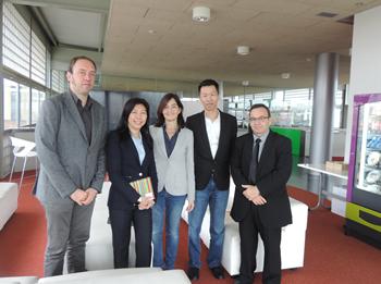 D'esquerra a dreta: David Andreu, Dato'Ng Wan Peng, Ariadna Llorens,Tang Mun Wai i Joan Carles Lluch