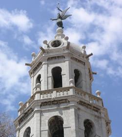 Una de les visites serà al campanar de l'església de Sant Antoni