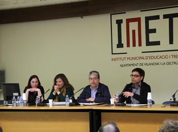 El debat s'ha celebrat a la sala d'actes de l'IMET