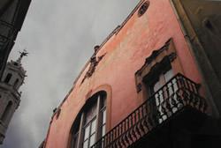 Sota el nom d'Indrets II, la fotografia guanyadora mostra la façana de l'Orfeó Vilanoví