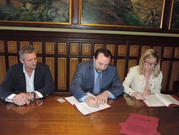 Signatura de la modificació del contracte amb Valoriza