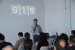 Conrad Rovira en un instant de la presentació del G-15