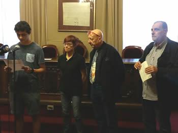 Divendres, al Saló de Plens de l'Ajuntament de VNG