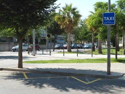 La parada de taxis dels jutjats s'ampliarà
